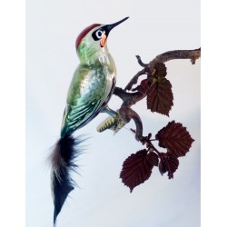 Green woodpecker made of mouth-blown glass